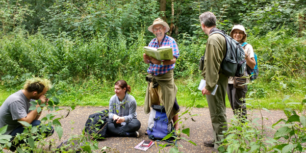 A field meeting (bramble workshop 2017)